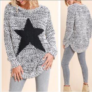 Sweaters - 💕Price Firm💕Fuzzy Star Sweater 💕